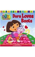 9780756921118: Dora Loves Boots (Dora the Explorer 8x8 (Pb))