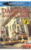 9780756941000: Danger! Earthquakes: Level 2 (Seemore Readers: Level 2)