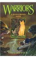 9780756956622: Warriors: A Dangerous Path