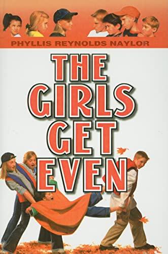 9780756966638: The Girls Get Even (Boy/Girl Battle (PB))