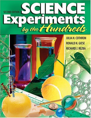 9780757509711: Science Experiments by the Hundreds