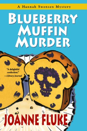 9780758211460: Blueberry Muffin Murder