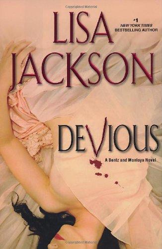 9780758225658: Devious (A Bentz/Montoya Novel)