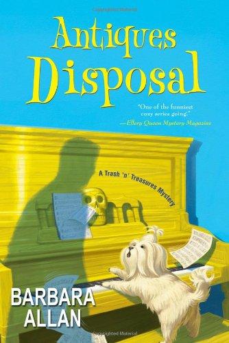 9780758263605: Antiques Disposal (Trash 'n' Treasures Mysteries)