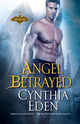 9780758267610: Angel Betrayed (Fallen)