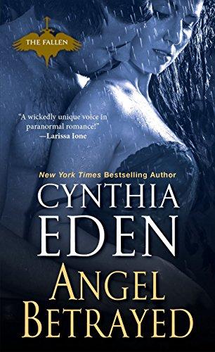 9780758267627: Angel Betrayed (Fallen)