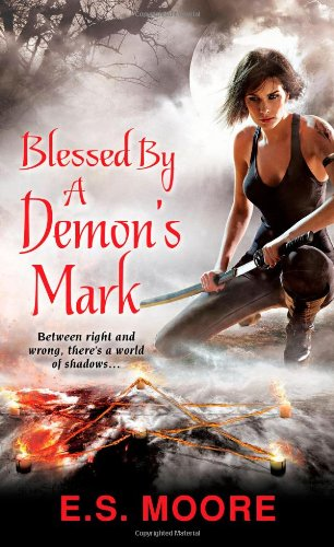 9780758268747: Blessed By a Demon's Mark (Kat Redding)