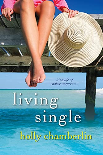 9780758275400: Living Single