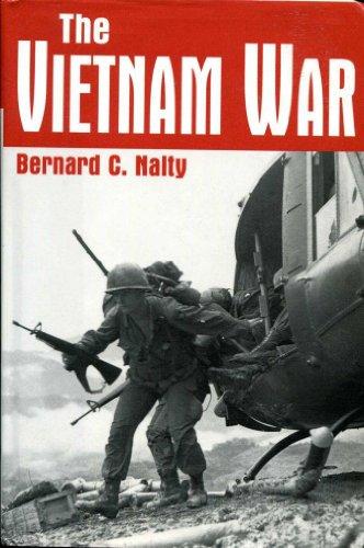 9780760716977: The Vietnam War