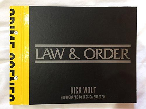 9780760741030: Law & Order: Crime Scenes