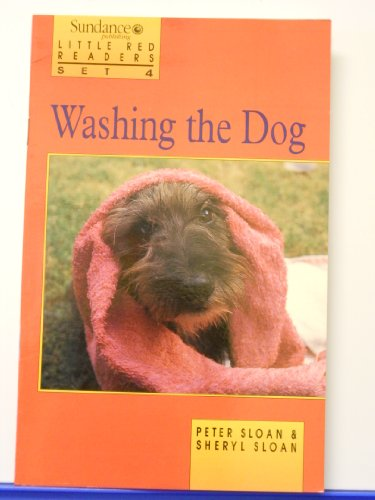 9780760803608: Washing the Dog (Little Red Readers)