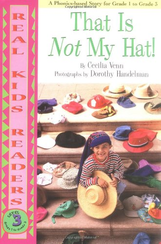9780761320333: That Is Not My Hat! (Real Kids Readers, Level 3)
