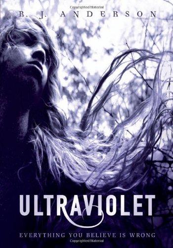 9780761374084: Ultraviolet