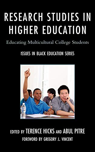 9780761858133: Research Studies in Higher Education: Educating Multicultural College Students (Issues in Black Education)