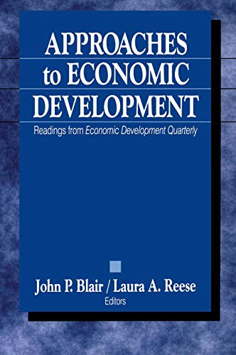 9780761918837: Approaches to Economic Development: Readings From Economic Development Quarterly