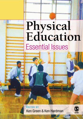 9780761944973: Physical Education: Essential Issues