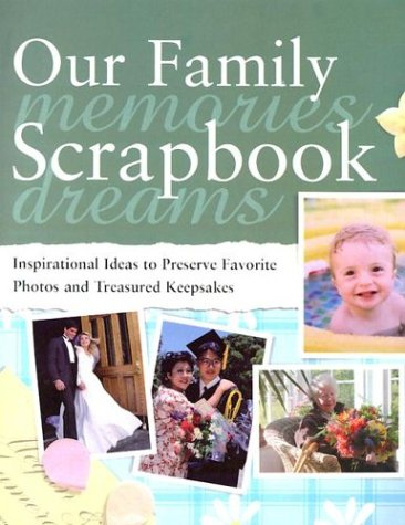 9780762104482: Our Family Scrapbook