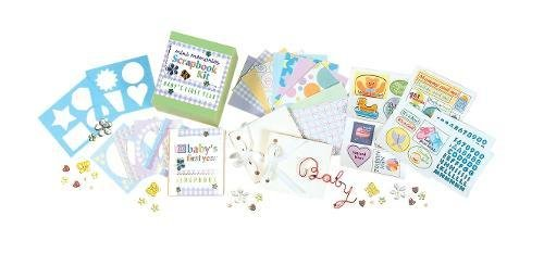 9780762424092: Baby's First Year: A Scrapbook Kit (Mini Memories)