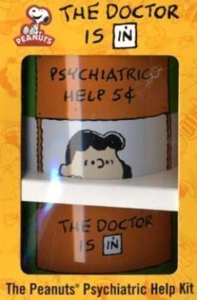 9780762435746: The Doctor is in: The Peanuts Psychiatric Help Kit (Peanuts Kit)