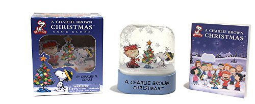 9780762446155: A Charlie Brown Christmas Snow Globe (Mega Mini Kits)