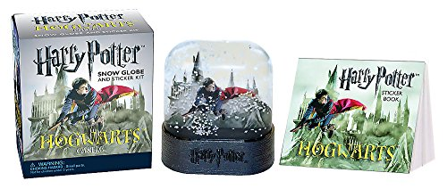 9780762449262: Harry Potter Hogwarts Castle Snow Globe and Sticker Kit (Miniature Editions)