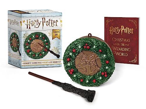 9780762466979: Harry Potter: Hogwarts Christmas Wreath and Wand Set: Lights Up!