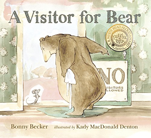 9780763628079: A Visitor for Bear