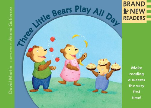 9780763640682: Three Little Bears Play All Day: Brand New Readers
