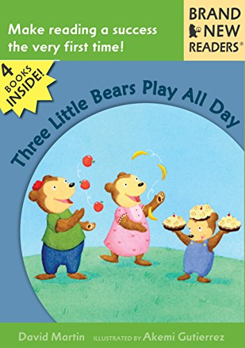 9780763642303: Three Little Bears Play All Day: Brand New Readers