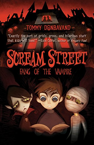 9780763646080: Scream Street: Fang of the Vampire