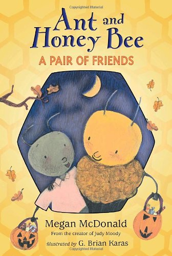 9780763646622: Ant and Honey Bee: A Pair of Friends at Halloween: Candlewick Sparks (Candlewick Readers)