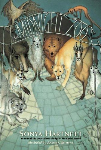 9780763653392: The Midnight Zoo