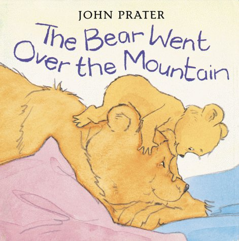 9780764151873: The Bear Went Over the Mountain (Baby Bear Books)