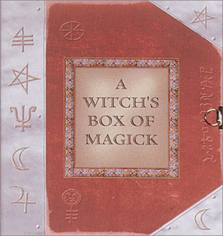 9780764175336: A Witch's Box of Magick