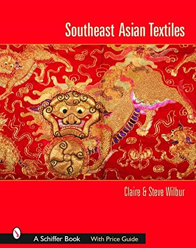 9780764318108: Southeast Asian Textiles: Indonesia's Exquisite Diversity