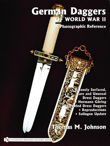 9780764322068: German Daggers Of World War II: A Photographic Reference (v. IV)