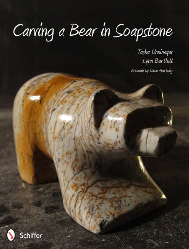 9780764340840: Carving a Bear in Soapstone