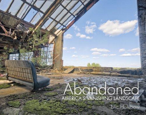 9780764346606: Abandoned: America's Vanishing Landscape