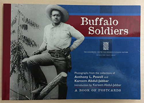 9780764928789: Buffalo Soldiers: Photographs from the Collections of Anthony L. Powell and Kareem Abdul-Jabbar: A Book of Postcards