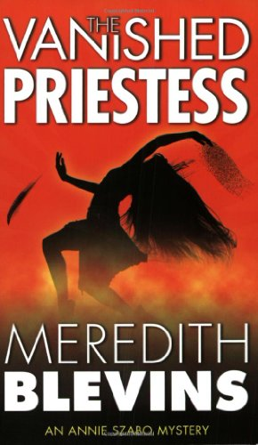 9780765346896: The Vanished Priestess (Annie Szabo Mysteries)