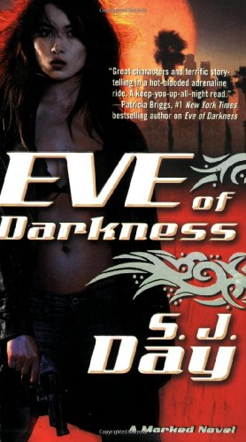 9780765360410: Eve of Darkness (Marked Novels)