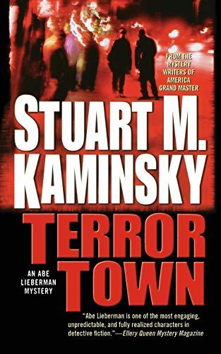 9780765383037: TERROR TOWN