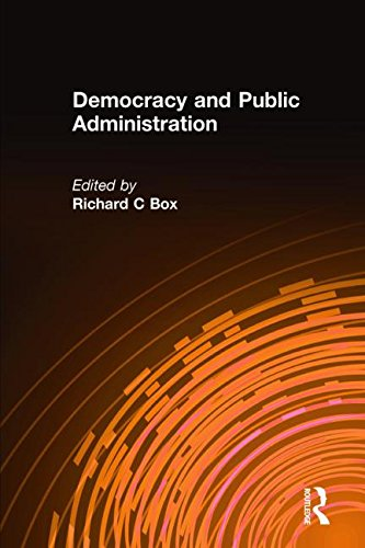 9780765618153: Democracy and Public Administration
