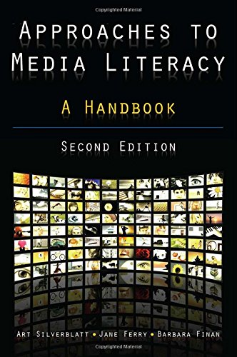9780765622648: Approaches to Media Literacy: A Handbook
