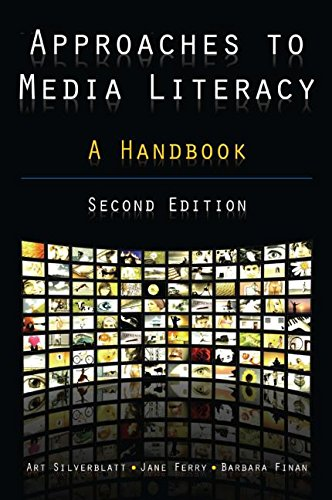 9780765622655: Approaches to Media Literacy: A Handbook