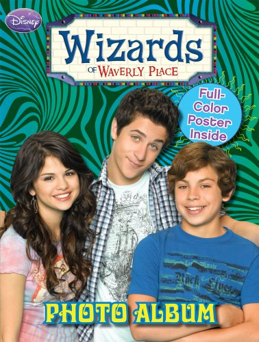 9780766633001: Wizards of Waverly Place Photo Album with Poster Book