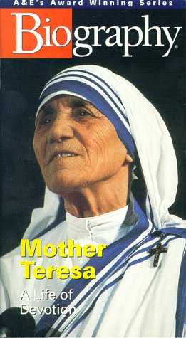 9780767005562: Biography - Mother Teresa: A Life of Devotion [VHS]