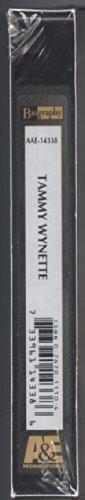 9780767011105: Biography: Tammy Wynette - First Lady [VHS]