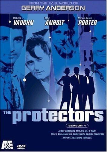 9780767056625: The Protectors [USA] [DVD]