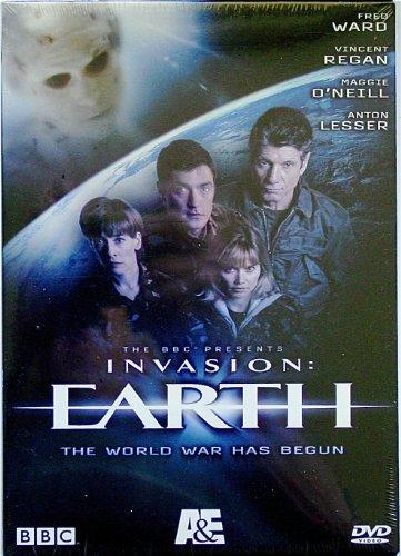 9780767086134: Invasion Earth: The World War Has Begun